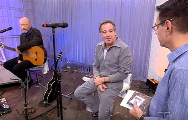 "Nasi e Scandurra apresentaram ""Ira! Folk"" no Metrópolis"