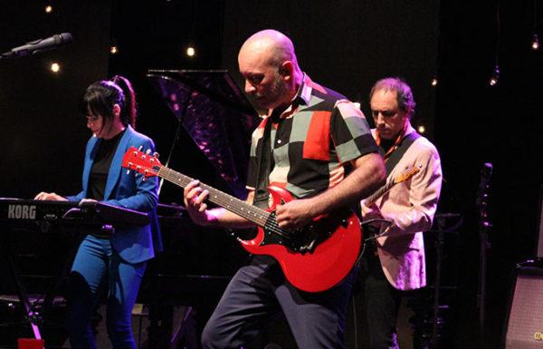 Edgard Scandurra apresenta o show Amigos Invisíveis no Sesc Pompeia em 28/09
