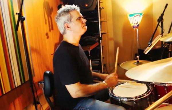 """Andre Jung lança """"Manjamos de Sufoco"""", primeira música de sua nova banda Trip Teasers"""